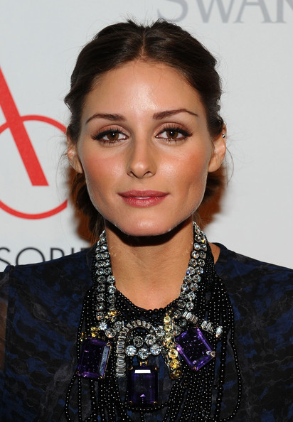 Olivia Palermo Gemstone Statement Necklace [hair,hairstyle,eyebrow,lip,black hair,long hair,eyelash,croydon facelift,fashion accessory,jewellery,olivia palermo,ace awards,new york city,cipriani 42nd street,accessories council,red carpet]