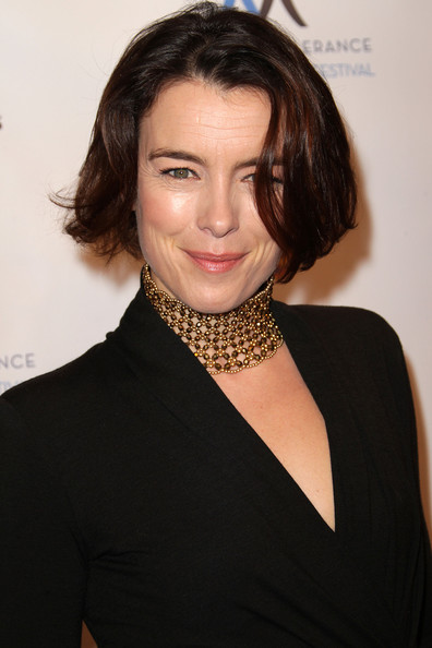 Olivia Williams Gold Choker Necklace