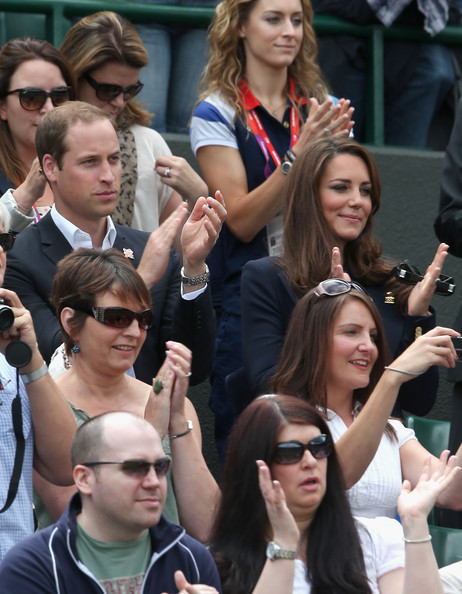 More Pics of Kate Middleton Oval Sunglasses (3 of 65) - Kate Middleton Lookbook - StyleBistro