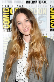 Sophie Lowe had us totally envious of her ombre beachy waves.