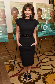 Mary Steenburgen chose a pair of chunky black gladiator heels to team with her LBD.