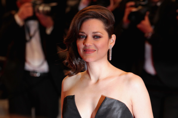 More Pics of Marion Cotillard Side Swept Curls  (1 of 154) - Marion Cotillard Lookbook - StyleBistro