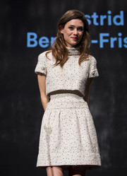 Astrid Berges Frisbey looked adorably futuristic in a Chanel Couture high-neck crop-top layered over a matching waist-flaunting dress at the Karlovy Vary International Film Festival.