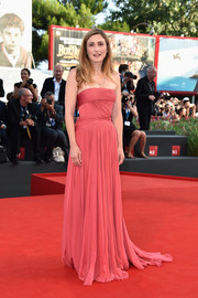 Julie Gayet was sweet and glam in a drapey pink strapless gown by Elie Saab Haute Couture at the Venice Film Festival opening ceremony.
