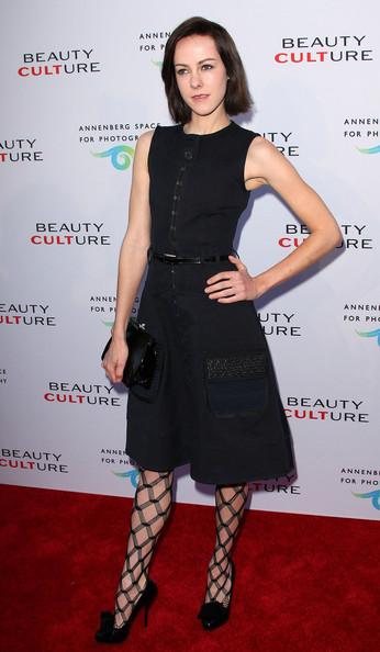 Those patterned tights definitely made Jena Malone's outfit more interesting!