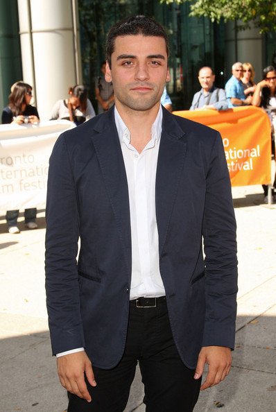 Oscar Isaac Short Straight Cut