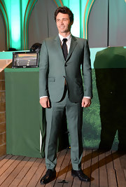 James Franco showed a hint of green at the 'Oz' Japan premiere with a light green suit.