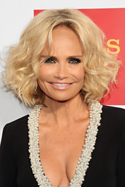 Kristin Chenoweth styled her hair into a classic curled-out bob for the Straight for Equality Awards Gala.