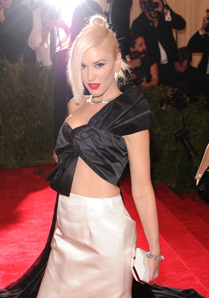 More Pics of Gwen Stefani One Shoulder Dress (3 of 17) - Gwen Stefani Lookbook - StyleBistro