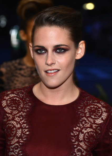 More Pics of Kristen Stewart Bobby Pinned Updo (3 of 14) - Kristen Stewart Lookbook - StyleBistro