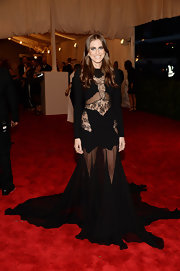 Allison Williams traded in her girly-girl style in favor of this rocker chick look at the 2013 Met Gala.