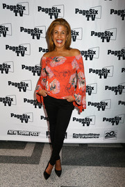 Hoda Kotb chose a pair of black skinny jeans to finish off her outfit.
