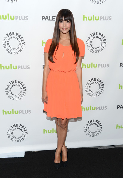 More Pics of Hannah Simone Cocktail Dress (1 of 9) - Hannah Simone Lookbook - StyleBistro