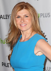 Connie Britton showed off her signature strawberry locks with this long and wavy 'do.