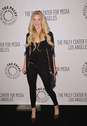Heather wears black jeggings with her dark ensemble and long blond locks at the 'Glee' event.