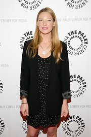 This slouchy blazer was a hit on Anna Torv. The satin detailing at the cuffs was a great finishing touch.