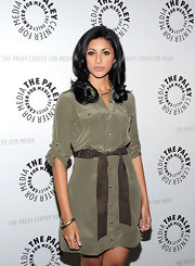 Reshma Shetty looked fashionably smart in a belted taupe shirtdress on the red carpet.