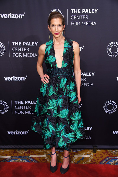More Pics of Alysia Reiner Cocktail Dress (1 of 2) - Alysia Reiner Lookbook - StyleBistro [paley honors: celebrating women in television,clothing,carpet,dress,red carpet,fashion model,cocktail dress,fashion,hairstyle,premiere,flooring,alysia reiner,new york city,cipriani wall street,the paley honors: celebrating women in television,event]