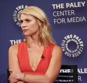 Claire Danes sported a gently wavy shoulder-length 'do at the PaleyFest: Made in New York opening.