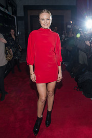 Malin Akerman arrived for the PaleyLive sneak peek at 'Billions' season two wearing a chic red mini dress.