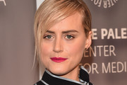 Taylor Schilling Berry Lipstick