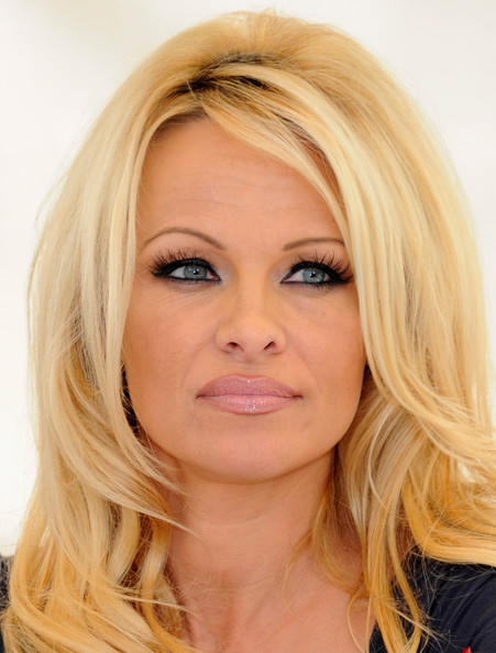 More Pics Of Pamela Anderson Red Lipstick 18 Of 59
