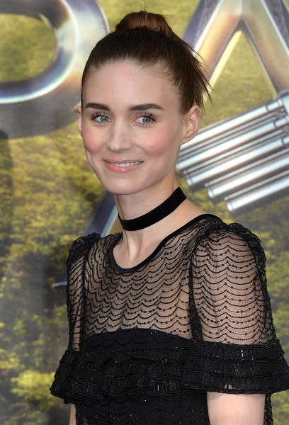 Rooney Mara sported an edgy bun at the world premiere of 'Pan.'