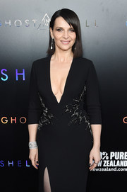 Juliette Binoche flaunted a stunning diamond cuff by Chopard at the premiere of 'Ghost in the Shell.'
