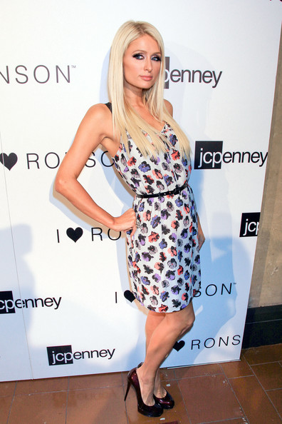 Paris Hilton Print Dress [jcpenney celebrates the i ``heart ronson collection,the i ``heart ronson collection,hair,fashion model,footwear,human hair color,shoulder,beauty,flooring,lady,blond,fashion,paris hilton,i ``heart ronson,hollywood roosevelt hotel,california,jcpenney,celebration]