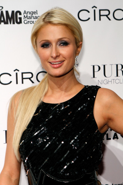 Paris Hilton Metallic Eyeshadow