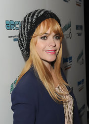 Taryn Manning wore a black and gray glittery knit beret for Paris Hilton's Christmas party.