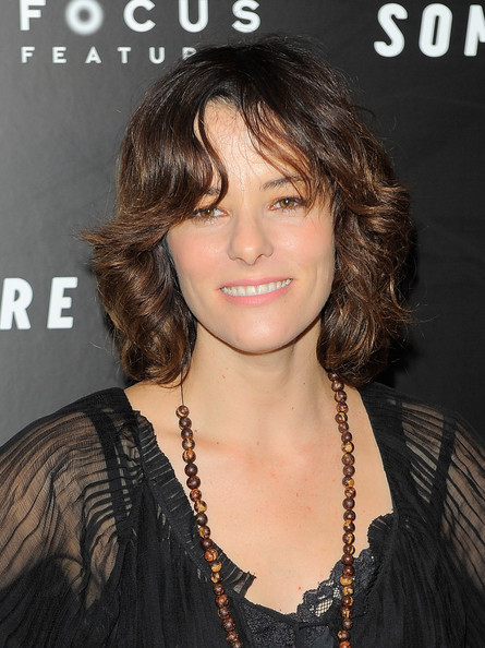 Parker Posey Medium Curls