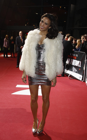 Paula Patton Fur Coat [mission:impossible - ghost protocol,fur clothing,fashion model,flooring,carpet,fashion,fur,outerwear,leg,catwalk,red carpet,paula patton,germany,munich,bmw welt,premiere]
