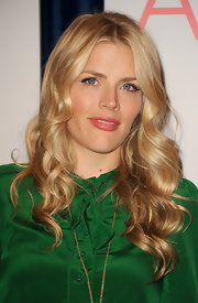 Busy Phillipps looked beautiful with long golden curls at the 2012 People's Choice Awards Nominations press conference.