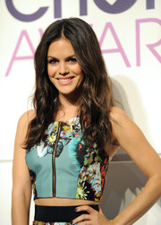 Rachel Bilson topped off her look with sexy mussed-up waves when she attended the People's Choice Awards nominations press conference.