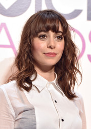 Cristin Milioti sported disheveled-chic waves with curved bangs during the People's Choice Awards nominations press conference.
