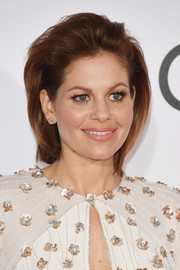 Candace Cameron Bure went punk with this teased bob at the 2017 People's Choice Awards.