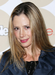 Mira Sorvino wore her hair down in sleek layers when she attended People's Ones to Watch party.