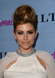 Maria Menounos totally stood out at the People StyleWatch Denim Awards with this voluminous, swirly pompadour.