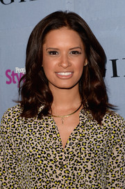 Rocsi Diaz wore her hair down in a sweet wavy 'do during the People StyleWatch Denim Awards.