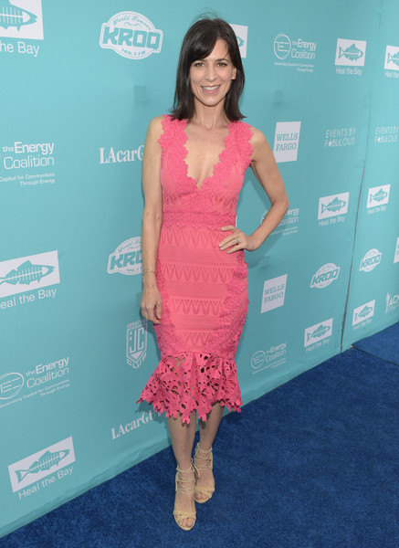 Perrey Reeves Form-Fitting Dress