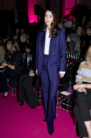 Alessandra Osma went masculine-chic in a blue pantsuit at the Pertegaz Fall 2020 show.