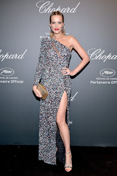 Petra Nemcova Tube Clutch [fashion model,beauty,cocktail dress,dress,shoulder,flooring,joint,model,fashion,gown,caroline scheufele,petra nemcova,rihanna,chopard space party - photocall,cannes,france,port canto,chopard space party,chopard,cannes film festival]