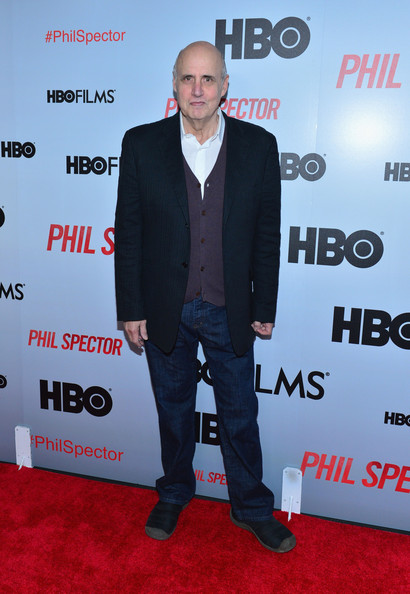 Jeffrey Tambor dressed up a classic pair of jeans with a navy blazer for a more sophisticated red carpet look.