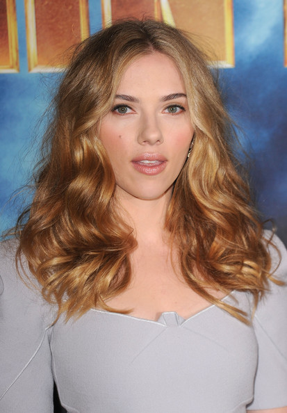 More Pics of Scarlett Johansson Medium Wavy Cut (1 of 34) - Scarlett Johansson Lookbook - StyleBistro