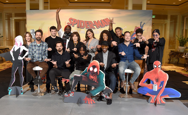 More Pics of Hailee Steinfeld Pantsuit (1 of 15) - Suits Lookbook - StyleBistro [spider-man: into the spider-verse,social group,event,team,youth,community,performance,leisure,film makers,jake johnson,hailee steinfeld,lily tomlin,brian tyree henry,luna lauren velez,photo call,los angeles,sony pictures releasing]