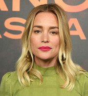 Piper Perabo framed her face with a wavy 'do for the 'Angel Has Fallen' photocall.