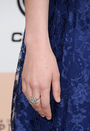 Greta Gerwig looked ultra feminine at the 2011 Film Independent Spirit Awards all the way down to her rose-shaped diamond ring.
