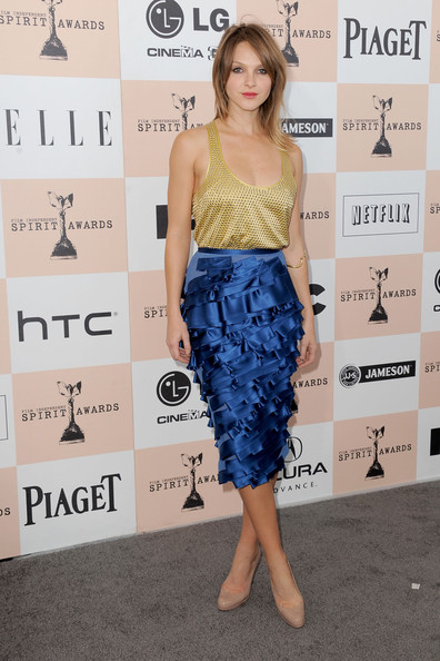 Neau Garrett wore her hair in a classic straight hairstyle for the Indi Spirit Awards.