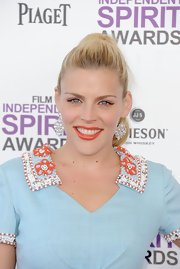 Busy Philipps attended the 2012 Independent Spirit Awards wearing a pearly apricot-colored lipstick.